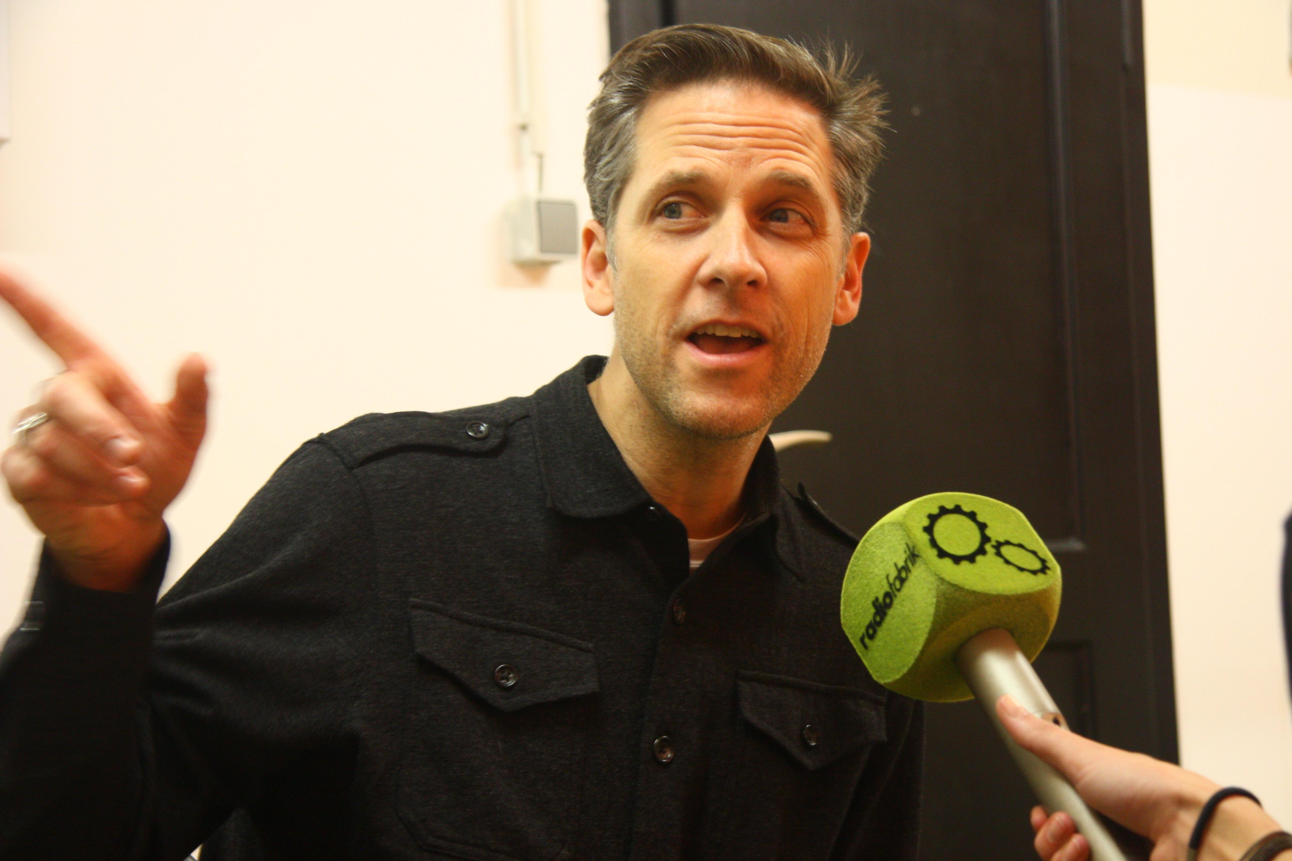 Calexico (US) im Radiofabrik-Interview