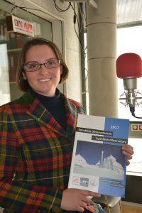 Dr.a Elke Ludewig im Radiofabrik Studio