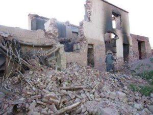 Ein Bild eines zerbombten Hauses in Behsud-Hasarastan